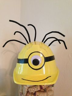 minion birthday party | birthday ideas / Despicable Me - Minion party hat! https://www ...