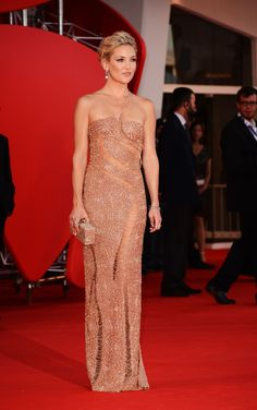 "Kate Hudson Photos - ""The Reluctant Fundamentalist"" Premiere And Opening Ceremony - The 69th Venice Film Festival - Zimbio"