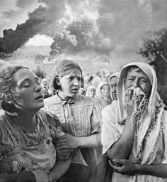 Women fleeing from German bombing of the Grushkiy district of Kiev in the Ukraine two days after the invasion of Russia, photographed by K. Lishko (June 23,1941) The composition and emotive facial expressions of the subjects make this a compelling image reminiscent of a Renaissance painting.