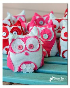 Try these OWLdorable Owl Ice Packs. The kids will be sure to love them!