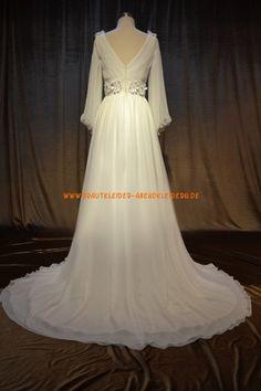 v-neck Elegante Brautkleider 2013 aus Chiffon mit Blumen