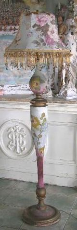 this always was my favorite lamp,,now it is someone else favorite lamp
