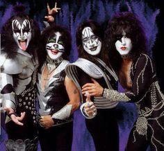 Kiss Images, Kiss Pictures, Paul Stanley, Gene Simmons, Samba, Mtv, Banda Kiss, Marching Band Memes, Eric Bana