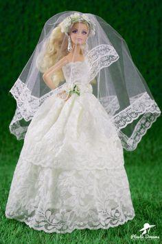 Barbie Style, Barbie I, Barbie Dress, Barbie Clothes, Barbie Sport, Bridal Gowns, Wedding Gowns, Petite Blonde, Roman Photo