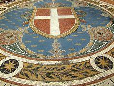Galleria Vittorio Emanuele II in Milan, #Italy #schoppingcentre #beautifulplaces