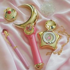 pink, sailor moon, and kawaii image Sailor Moons, Sailor Moon Crystal, Cristal Sailor Moon, Arte Sailor Moon, Sailor Moon Usagi, Sailor Moon Aesthetic, Pink Aesthetic, Sailor Scouts, Dessin Animé Lolirock