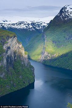Geirangerfjord, Sunmore, Noruega