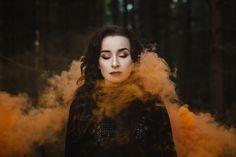 Then & Now: Liam Rimmington | retrato | retratos femininos | ensaio feminino | ensaio externo | fotografia | ensaio fotográfico | fotógrafa | mulher | book | senior | shooting | photography | photo | photograph | fumaça | smoke