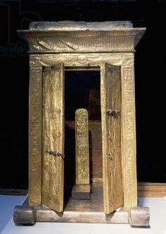 The little golden shrine of Tutankhamun containing the pedestal with the king's nomen and prenomen