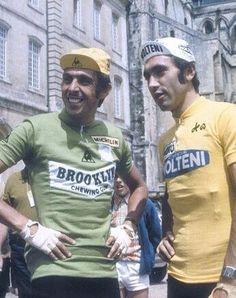 Patrick Sercu et Eddy Merckx Cycling Art, Cycling Jerseys, Road Cycling, Cycling Bikes, Velo Vintage, Vintage Cycles, Vintage Racing, Cool Bicycles, Cool Bikes