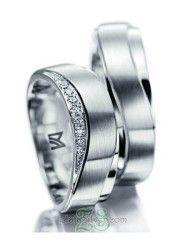 Cincin Kawin Najila cincin kawin dengan desain unik elegant, melengkung dibagian atas dengan motif kombinasi doff amplas dan gilap. http://zlatasilver.com/cincin-kawin-najila.html #cincinkawin #weddingring