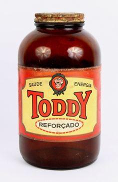Antigo Vidro de Toddy, cor âmbar. Altura 20,0 cm.