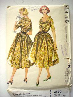 McCall's 4430: drapey fullness!