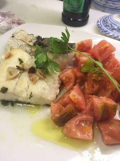 Merluza al ajillo estilo dieta Mediterránea
