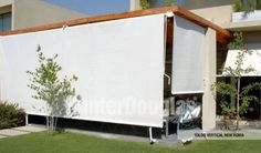 Los toldos son la opción ideal para habilitar espacios exteriores como terrazas, balcones y patios, protegiéndolos de los rayos solares principalmente y de otros agentes climáticos como la brisa suave y leves lloviznas.