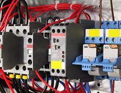 L'électricien Boulogne Billancourt est à votre service 7j/7 pour prendre en charge tous vos travaux d'électricité générale. Son équipe  s'engage à vos côtés pour réaliser tous les types de travaux sur votre installation électrique comme le  remplacement de disjoncteur, réparation de prise électrique,…