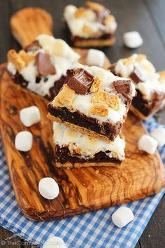 Ooey Gooey S'mores Brownie Bars http://www.thecomfortofcooking.com/2013/07/ooey-gooey-smores-brownie-bars.html