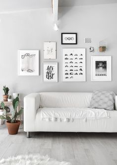 Studio makeover – New Wall Color and Art Prints