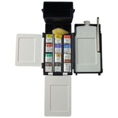 Winsor and Newton Professional Water Colour Field Box is a lightweight, compact box containing everything required for outdoor watercolour painting. The durable plastic box contains 12 Half Pans of Artists Watercolour paints.