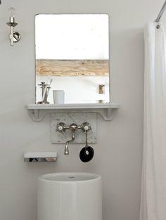 Tablette salle de bain minimaliste