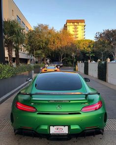Mercedes AMG GTR painted in Green Hell Magno Photo taken by: @yellow.dude on Instagram Owned by: @yellow.dude on Instagram