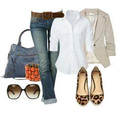 Jeans, short sleeved button down, blazer, flats, sun glasses, belt, bracelet, purse