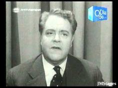 """João Villaret, canta e declama """"A PROCISSÃO"""" na década de 50, na RTP. www.rtp.pt Tocam os sinos da torre da igreja, Há rosmaninho e alecrim pelo chão. Na nos..."""
