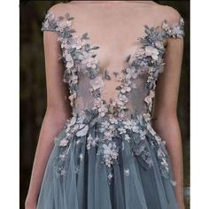 Evening Dresses 2017 New Design A-line White And Black V-Neck Sleeveless Backless Tea-length Sashes Party Eveing Dress Prom Dresses 2017 High Quality Dress Fuchsi China Dress Up Plain Dres Cheap Dresses Georgette Online Style Haute Couture, Couture Fashion, Runway Fashion, High Fashion, Dress Fashion, 90s Fashion, Fashion Photo, Fashion Details, Winter Fashion