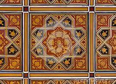Goud-en-rood-islamitisch-perzisch-motief-op-het-plafond-30631265