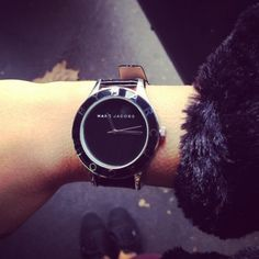 This watch is gorgeous!