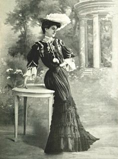Dress of Visite by Jeanne Paquin. 1903
