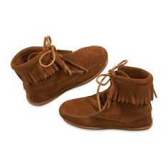 minnetonka tramper - Brown ($40) ❤ liked on Polyvore featuring shoes, boots, shoes. and zapatos