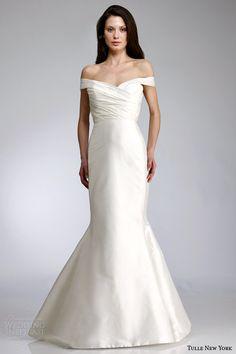 http://weddinginspirasi.com/2014/05/21/antonio-gual-for-tulle-new-york-spring-2015-wedding-dresses-koi-bridal-collection/  Antonio Gual for Tulle New York Spring 2015 Wedding Dresses — KOI bridal collectionps  #weddings #weddingdress