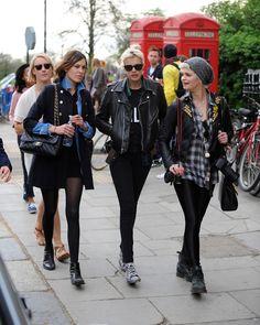 Alexa Chung, Agnes Deyn and Pixie Geldof Charlotte Rampling, Twiggy, Star Fashion, Love Fashion, Female Fashion, Agnes Deyn, Chic Outfits, Fashion Outfits, Black Outfits