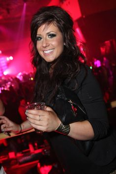 Chelsea Houska (Teen Mom 2) I love her!! She's such a good mommy and i love her hair and makeup! :)