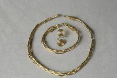 Nasiis on CraftzBay Hoop Earrings, Bracelets, Gold, Gifts, Jewelry, Bangle Bracelets, Presents, Jewellery Making, Jewerly