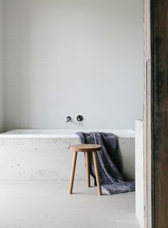 Rustic bathroom. Home of Johnny & Claire Greig. © Tara Pearce.