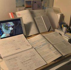 School Organization Notes, Study Organization, School Notes, Study Motivation, Motivation Inspiration, Study Board, School Study Tips, Study Space, Good Grades