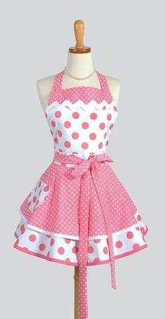 Sewing Crafts For Children 50 sewing kitchen projects For early sewing lessons Retro Apron, Aprons Vintage, Frocks For Girls, Little Girl Dresses, Sewing Aprons, Sewing Clothes, Cute Aprons, Techniques Couture, Apron Dress