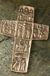 Life Of Jesus Christ, Jesus Lives, Christian Symbols, Christian Art, Bronze Gifts, Sacred Symbols, Viking Symbols, Sign Of The Cross, Spiritus