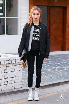 Want this jacket! Lee Sung Kyung Fashion, Nam Joo Hyuk Lee Sung Kyung, Stylish Work Outfits, Casual Outfits, Girl Outfits, Fashion Outfits, Korean Street Fashion, Korea Fashion, Jolie Photo