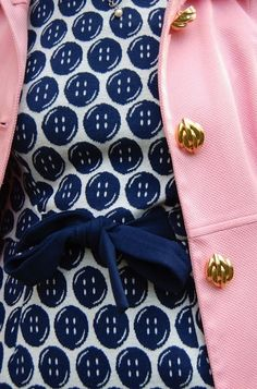 Buttons Modest Fashion, Classy Fashion, Playing Dress Up, Cool Style, Classic Style, Style Me, Preppy Style, Navy Style, Preppy Girl
