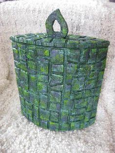 Mosaik made of cardboard. Follow Link för tutorial.