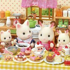 ママ友と一緒にお菓子作り♡