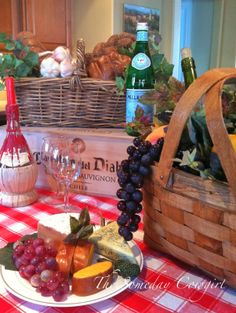 French/Italian themed party decorations