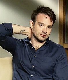 Charlie Cox - 2017 Dark Brown hair & alternative hair style. Current length:  near-shaved Hair