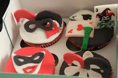 joker cupcakes