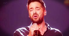 Ben Haenow's mom worked 3 jobs and could barely pay the rent when he was growing up. And now he's grown and wants to use his gift, his voice, to give his mom the best life possible. When he belted his heart out for his mom with this powerful cover of 'Hallelujah' my heart overflowed! How sweet is th
