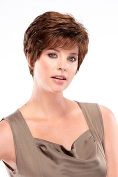 Bree Open Top Wig This light-weight capless wig offers a cute pixie style that is low maintenance. Create a voluminous party look or a sleek, more tamed style for formal occasions. Designed with caple