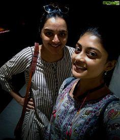 Ammu Abhirami  selfie  Manju Warrier  asuran actresses Asuran Movie Actress Ammu Abirami Latest HD Photo Collections All Indian Actress, Indian Actress Gallery, Indian Actresses, Hd Photos, Girl Photos, Beautiful Girl Photo, South Actress, Indian Beauty Saree, Cinema